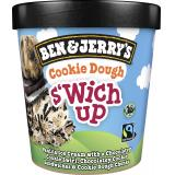 Ben & Jerry's Cookie Dough s�wich up