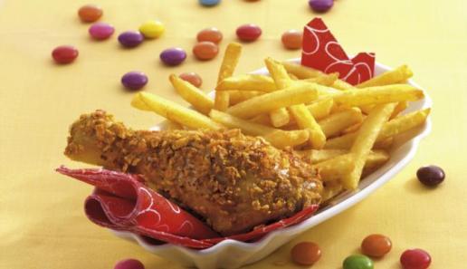 Hähnchenschenkel in Cornflakespanade