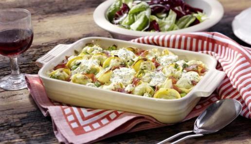Würziger Tortelloni-Auflauf mit Frischkäse