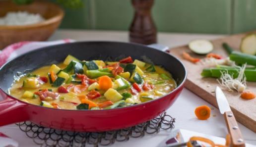 Gemüsepfanne Feine Curry-Sauce