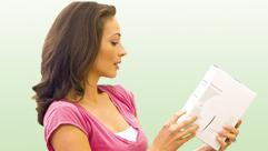 Bild Frau mit Buch
