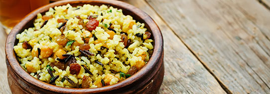Rezeptempfehlung für Sie: Fruchtiger Reissalat mit Curry-Sauce - zum Bestellen hier klicken.