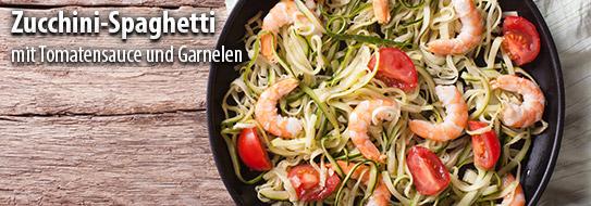 Rezeptempfehlung für Sie: Zucchini-Spaghetti mit Tomatensauce und Garnelen - zum Bestellen hier klicken!