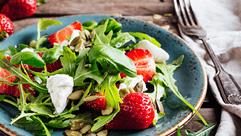 Sommerlicher Salat mit fruchtig, leichter Note - genau das Richtige zum Abkühlen.