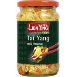 Lien Ying Tai Yang mit Ananas