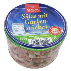 Simon Sülze mit Gurkenstücken