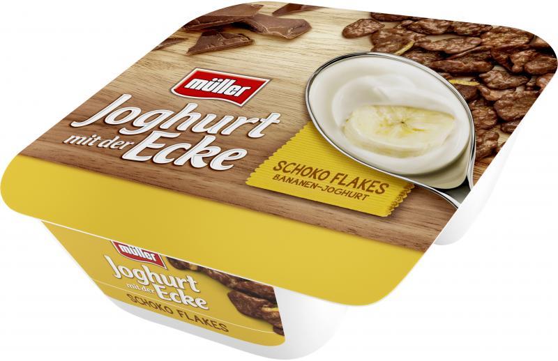 Müller Joghurt mit der Ecke Schoko Flakes Joghurt Bananen-Geschmack