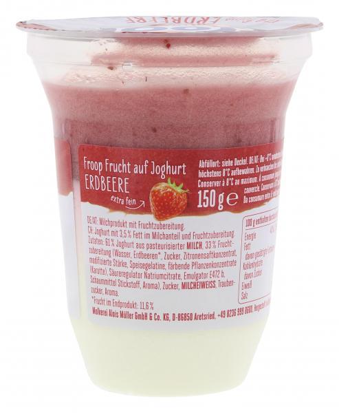 Müller Froop Extra feine Erdbeere auf Joghurt