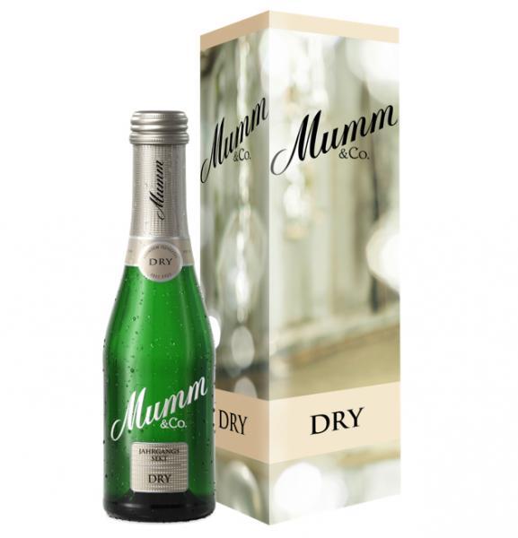 Mumm Dry Jahrgangssekt mit Geschenkverpackung