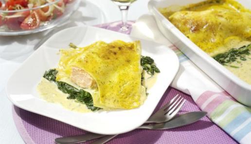 Blattspinat-Lasagne mit Lachs