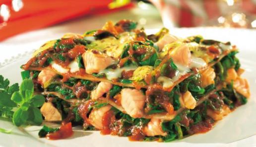 Rahmspinat-Lasagne mit Lachs
