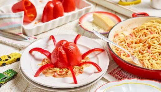 Paprika-Krake mit Nudelfüllung